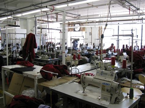 L Manufacturers sourcing and selecting manufacturers for your fashion