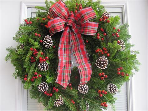 christmas reefs for sale corporate wreaths corporate gift orders wreaths for door