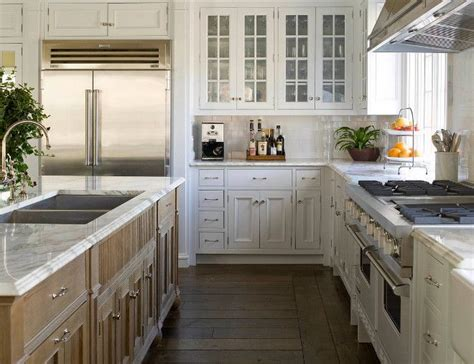 White Kitchen Wood Island Best 25 Light Wood Kitchens Ideas On Light Wood Cabinets Kitchen Cabinets