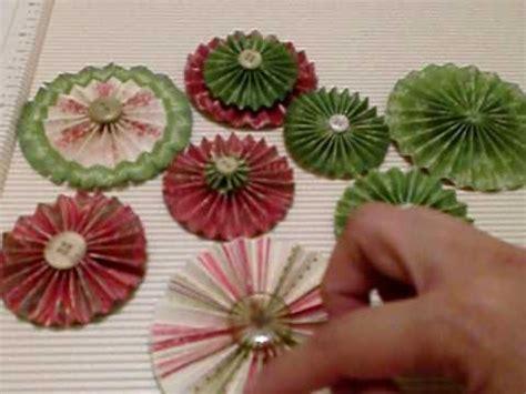 Handmade Rosettes - paper rosettes tutorial