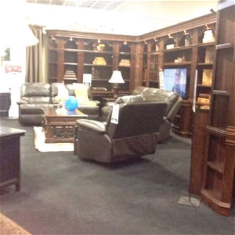 Visalia Furniture by Mor Furniture For Less 23 Photos 30 Reviews Furniture Stores 3000 S Mooney Blvd Visalia