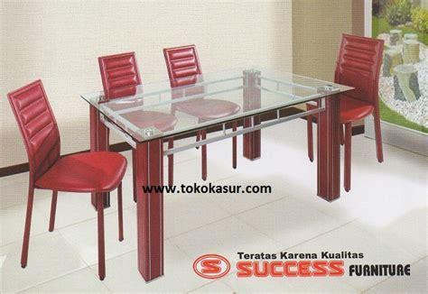 Meja Makan Besi 4 Kursi meja makan besi kaca minimalis murah