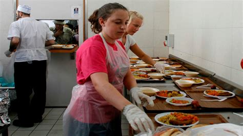 island soup kitchen volunteer 10 ways to help society on your in israel israel21c