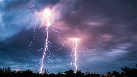 Lightning Pics Lightning