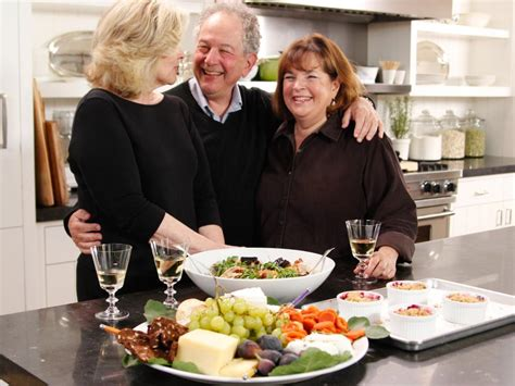 jeffrey garten ina garten s 11 entertaining do s and don ts barefoot contessa cook like a pro food network