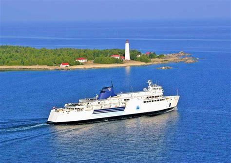 glass bottom boat ride tobermory multi day tours