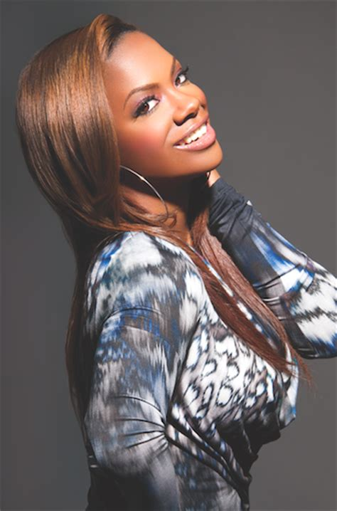 kandi burruss hair line hype chat kandi burruss talks all things hair