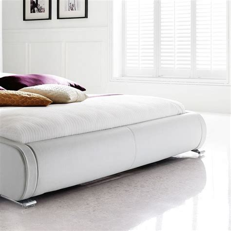 günstige betten mit matratze und lattenrost 140x200 polsterbett komplett amadeo bett 140x200 cm wei 223
