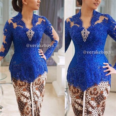 1707069 Biru Tua Gaun Pengantin Wedding Gown Wedding Dress royal blue kebaya i batik kebaya royal blue and royals