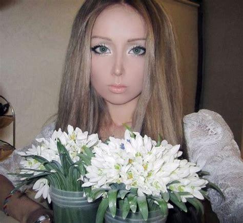 Lu Sorot Kamera foto lengkap valeria lukyanova manusia mirip boneka hidup asal ukraina yongsin sz
