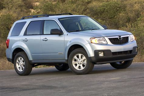 reviews on mazda tribute used vehicle review mazda tribute 2008 2011 autos ca