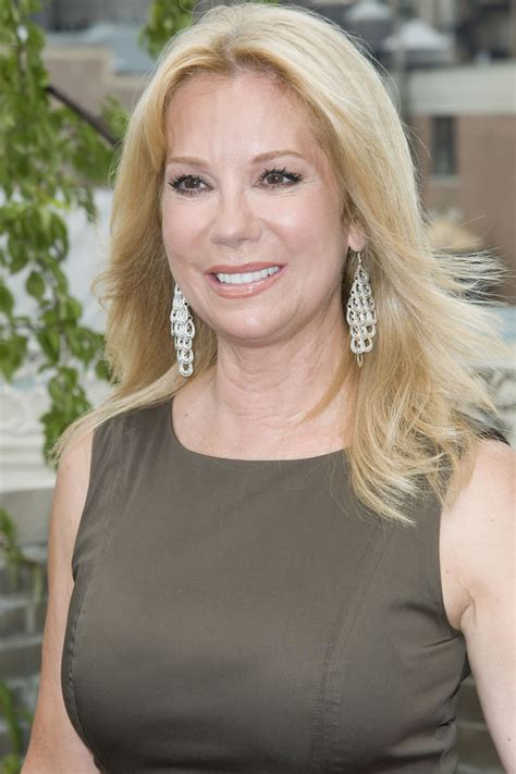 kathy lee gifford photos upskirt celebs kathie lee gifford doesn t show much