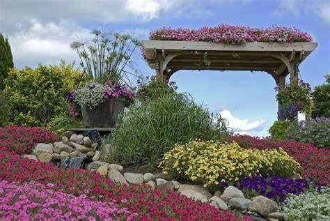 pflegeleichte pflanzen für den vorgarten pflegeleichte hecke garten speyeder net verschiedene