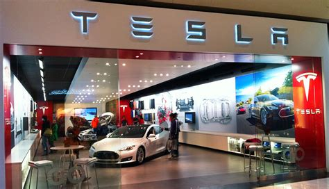 Tesla Car Dealership General Motors Warns Ohio Governor Against Giving Tesla