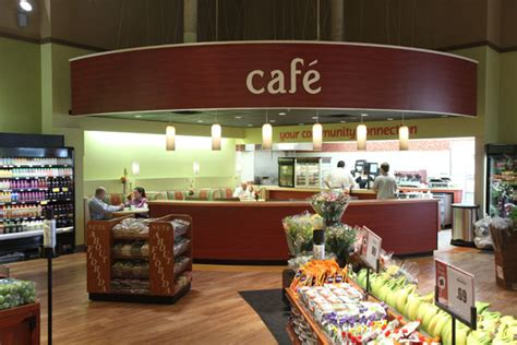 winn dixie opens coral  store featuring bilingual decor package shelby report