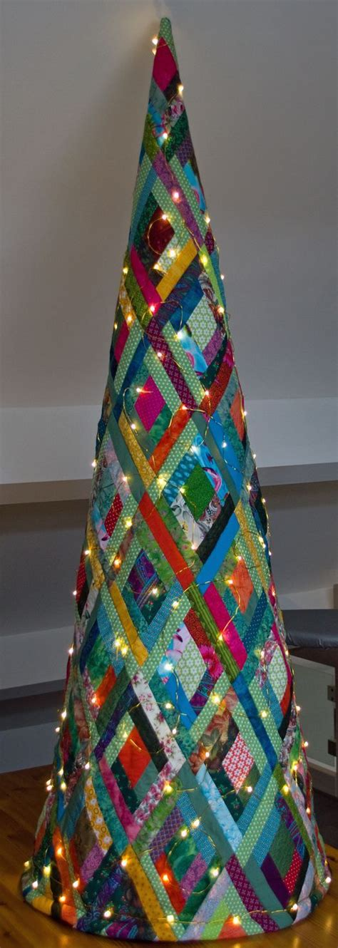 image result   quilted christmas tree fabric