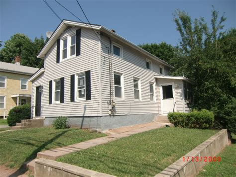meriden houses for sale 102 crown street meriden ct 06450 foreclosed home information foreclosure homes