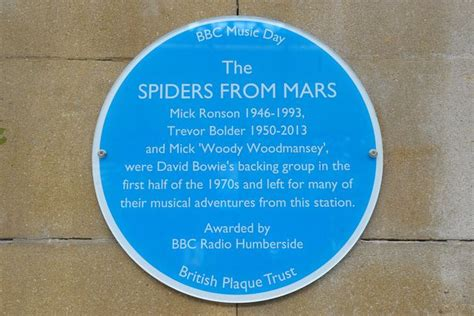 the plaque for the alternates is in the room woody woodmansey unveils david bowie s spiders from mars plaque in hull paragon hull daily mail