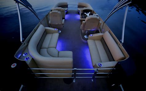 led boat lights pontoon with fiberglass panels instead of a vertical fence and led