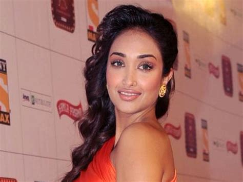 bollywood actress jiah khan found dead in apparent suicide