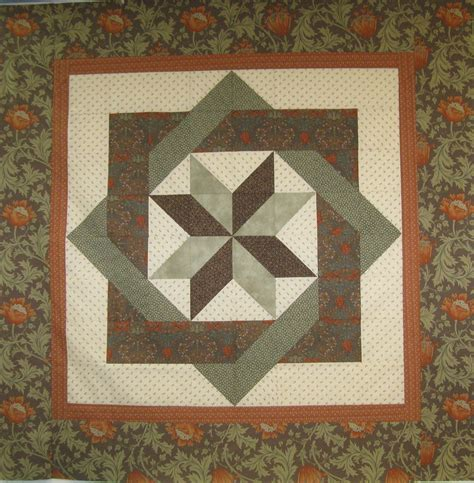 Free Pattern Wall Hanging Quilt | labyrinth quilt pattern free thread wall hanging for
