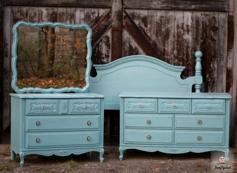 painted provincial dresser set by funcycled www