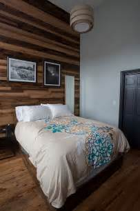 Wood Bedroom by 25 Awesome Bedrooms With Reclaimed Wood Walls