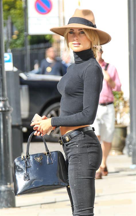 skinny jeans in or oyt in 2015 kimberley garner in skinny jeans 05 gotceleb