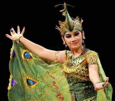 Mahkota Tari Merak aneka tarian daerah di indonesia tari merak