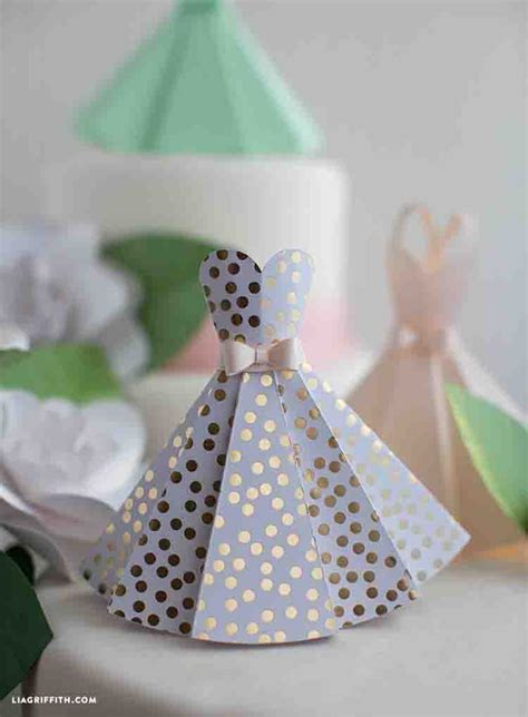How To Make A Paper Dress - 18 paper crafts for bridal showers