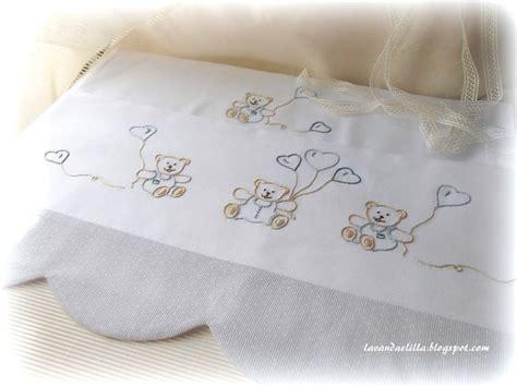 immagini di culle disegno di orsetti e cappe per lenzuolino da culla
