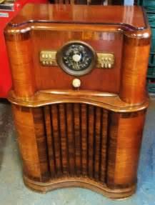 Vintage Retro Floor L Vintage Zenith Console Floor Radio Black Knobs Retro Mid Century Ebay