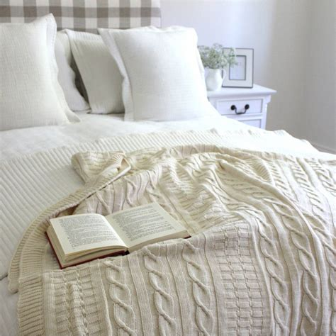 cable knit coverlet cable knit bed throw crochet and knit