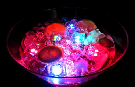 glow in the centerpieces ideas glowing centerpieces lighted punch bowls and other cool highlights activedark