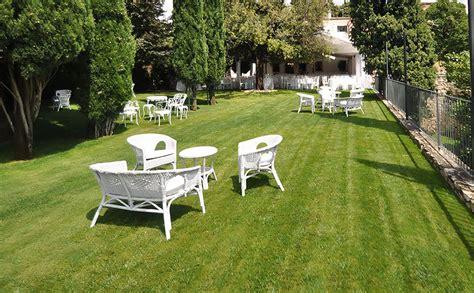 salotto da giardino usato ferraro allestimenti outlet sedie e salotti usati da