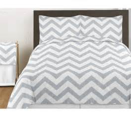 gray white chevron zigzag size bed in a bag