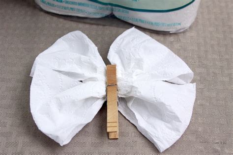 How To Make Paper Butterfly Wings - diy toilet tissue origami crafts