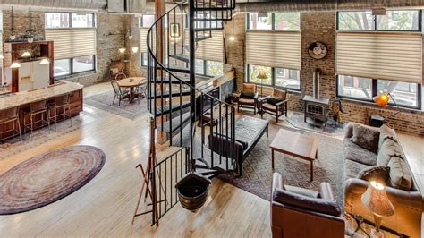 industrial lofts cozy industrial loft conversion in pilsen rents for 1 950