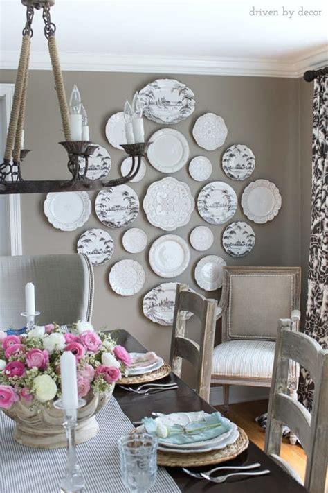super impressive statement walls   dining room