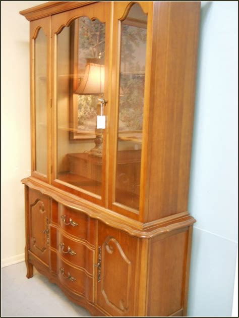 broyhill china cabinet vintage broyhill china cabinet vintage cabinets matttroy