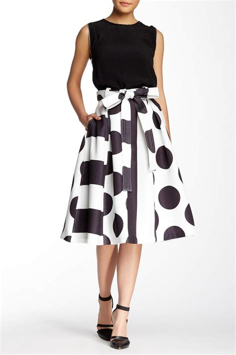what is swinging skirts tov geometric swing skirt from california by denim spot
