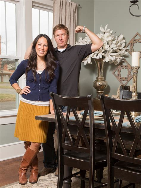 where do chip and joanna live 28 things you about hgtv s chip and joanna gaines hgtv s fixer with chip and joanna