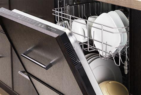 renlig built in dishwasher with door edserum brown ikea dishwashers ikea