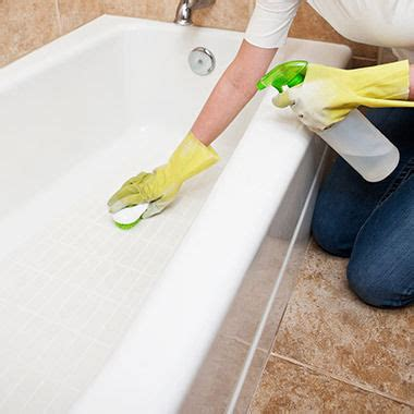 can i repaint my bathtub how can i clean my bathtub cleaning your bath to keep it in top condition bathstore