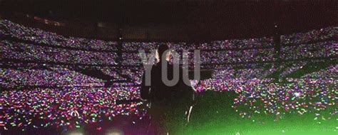 coldplay fix you live 2012 my gifs coldplay mylo xyloto fix you 1k live 2012