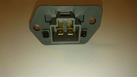 replace blower motor resistor cavalier 2007 aveo cooling fan resistor 28 images i am looking for wire diagram for chevy aveo 2005