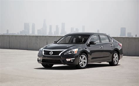 2012 nissan altima safety rating 2013 nissan altima earns five safety rating from nhtsa