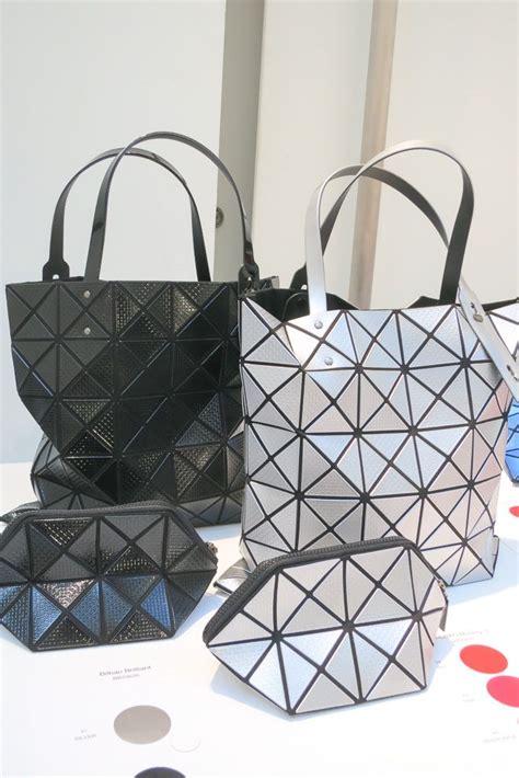 Bao Bao Issey Miyake Chameleon デザイナーハンドバッグ のおすすめアイデア 25 件以上 ハンドバッグ ハンドバッグの