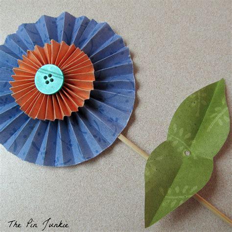 Easy Folded Paper Flowers - easy to make folded paper flowers