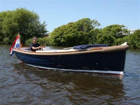 bootje varen utrecht 2 personen een sloep huren aan het paterswoldsemeer